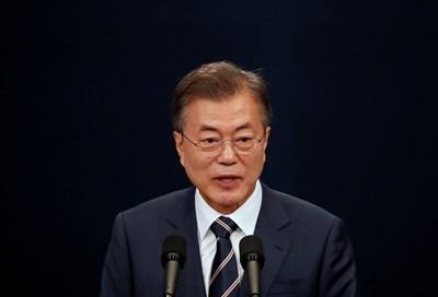 Южнокорейският президент Мун Дже Ин СНИМКА: Ройтерс