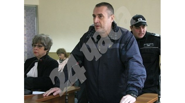 Доживотен затвор за полицая Венцеслав Караджов, разстрелял родителите си