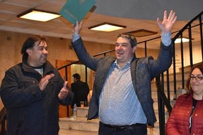 Добромир Добрев получи удостоверението за кмет от председателя на Общинската избирателна комисия Иван Илиев