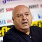 """""""Левски"""" на война с Венци Стефанов"""