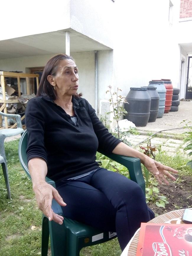 Стефка Петревска пази спомените от майка си