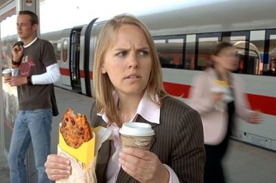 Навиците в храненето са свързани и с нивото на холестерола.  СНИМКА: ДАК