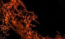 Безбожник подпалил портата на църква в монтанско село