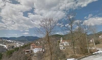 Трупът беше открит край смолянското село Турян  СНИМКА: Гугъл стрийт вю