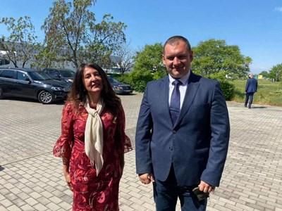 Херо Мустафа с кмета на Раковски Павел Гуджеров