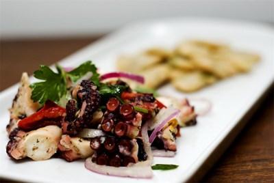 Деликатесът може да се сервира по най-различни начини - на скара, на яхния, със зеленчуци, с различни сосове. СНИМКА: РОЙТЕРС