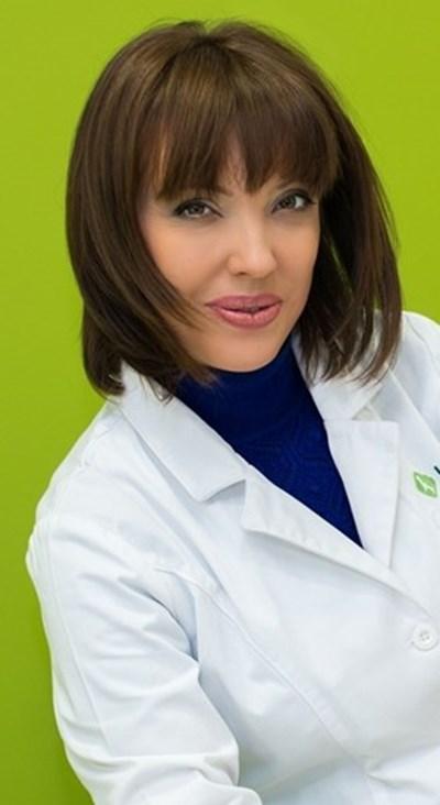Д-Р АНЕЛИЯ ЗДРАВКОВА, дерматолог
