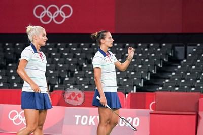 Габриела и Стефани Стоеви на олимпийския турнир по бадминтон в Токио. СНИМКИ: ЛЮБОМИР АСЕНОВ, LAP.BG