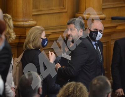 Съпредседателят на ДБ Христо Иванов очаква по случая да се произнесе и административният съд. СНИМКА: 24 часа