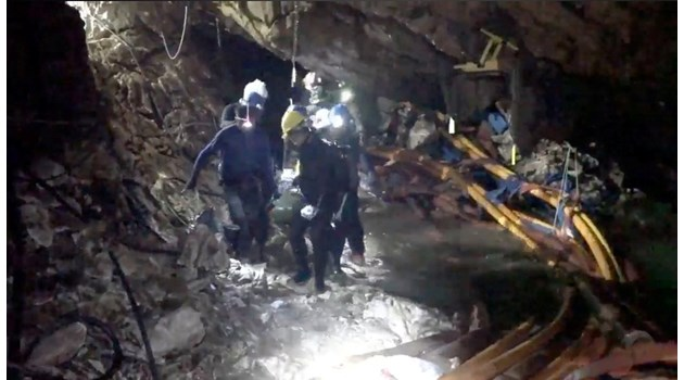 При извеждането от пещерата в Тайланд момчетата били упоени