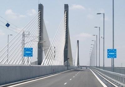 Рекорден трафик отчитат от Дунав мост Видин-Калафат Снимка : Архив