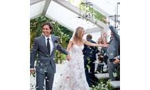 Гуинет Полтроу се омъжила за Брад Фалчък в елегантна дантелена рокля