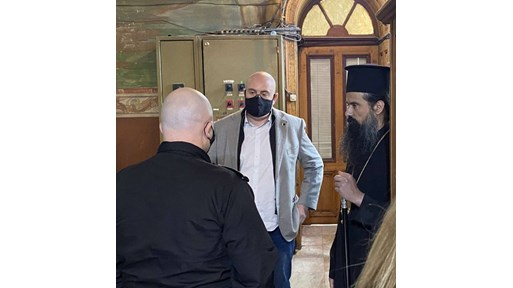 Двама арестувани за обир на църква във Видин, Гешев се срещна с митрополит Даниил (Видео)