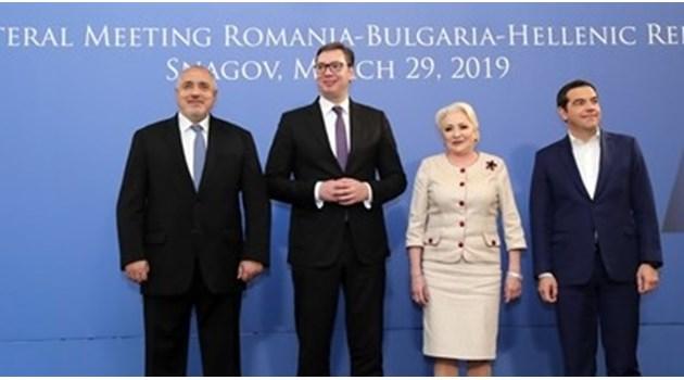 """Борисов разговаря с Вучич по телефона за газов хъб """"Балкан"""""""