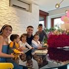 Джорджина празнува със семейството