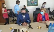 Горанов: Пликове на Божков не са стигали до мен