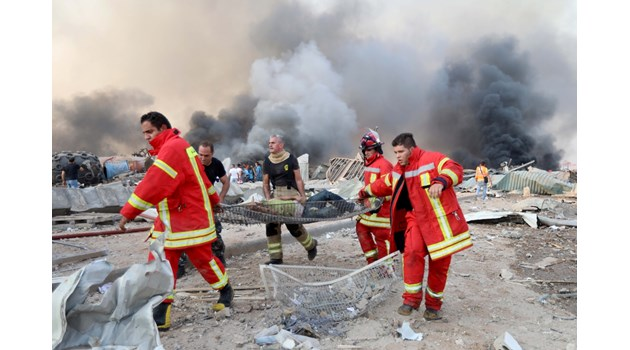 "Заварчик и aрестуван рускикораб срутиха Бейрут. ""Ливанската Хирошима"" уби над 110 души"