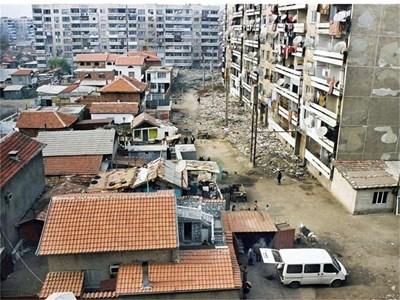 Пловдивският квартал Столипиново е най-голямото циганско гето у нас. СНИМКИ: ЙОРДАН СИМЕОНОВ