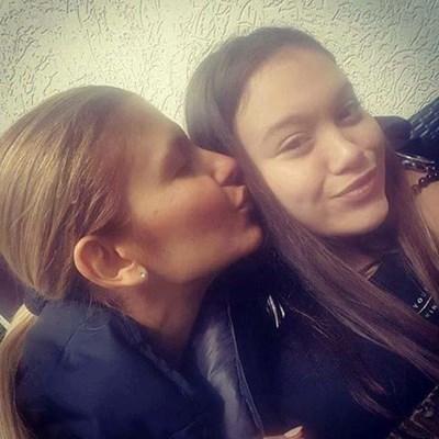 Анелия с дъщеря си Ивон