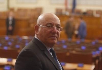 Министърът на околната среда и водите Емил Димитров СНИМКА: Архив