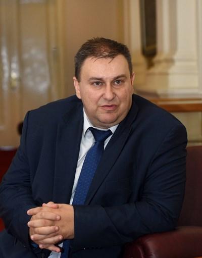 Емил Радев - евродепутат от ЕНП/ ГЕРБ СНИМКА: Велислав Николов
