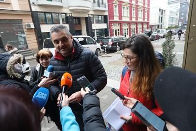 Кирил Добрев и членът на националния ъвет Габриела Величкова СНИМКИ: Николай Литов