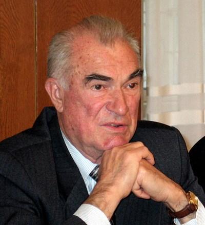 Генералът от КГБ Виктор Шарапов