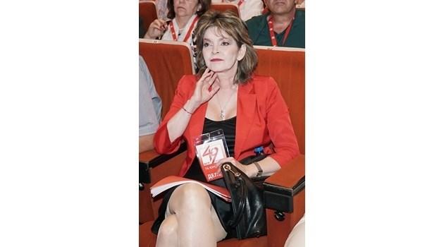 Шаренкова: Станишев и Йончева показват неуважение към мнението на стотици хиляди членове и избиратели на партията