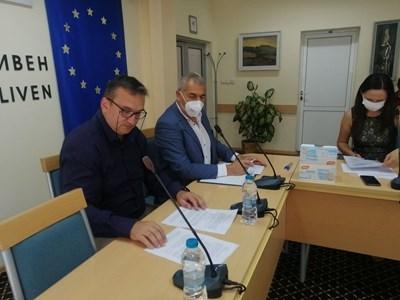 В Сливен не постигнаха пълен консенсус за състава на Районната избирателна комисия за изборите на 14 ноември, окончателното решение остана за ЦИК.