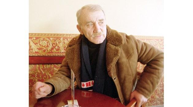 Лично Саддам Хюсеин кани на работа в Ирак легендарния ни борец Димитър Добрев