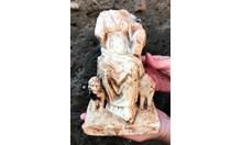 Сензация: Откриха мраморна статуя на Кибела в центъра на Пловдив