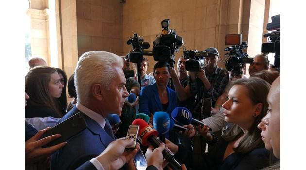 Волен Сидеров: Подозирам заговор срещу премиера