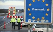 Дания отвори границите, но само за влюбени