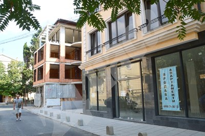 Новопостроените жилища в България най-често не са декларирани и общините имат малко възможности да си съберат данъка. СНИМКА: 24 часа