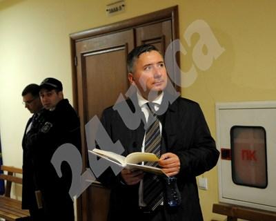 Иво Прокопиев, заснет в специализирания съд. СНИМКА: 24 часа