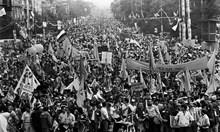 Джеки Стоев спори на 7.06.1990: Не може дребничкият Желев да е сам на трибуната