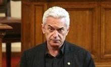 Сидеров вече не е шеф на парламентарната група на патриотите. Махнаха го без да знае