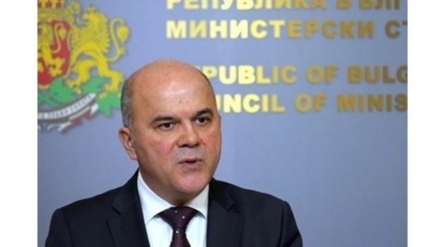 Бисер Петков: Стратегия за детето няма, но има стройна организация за всяване на паника