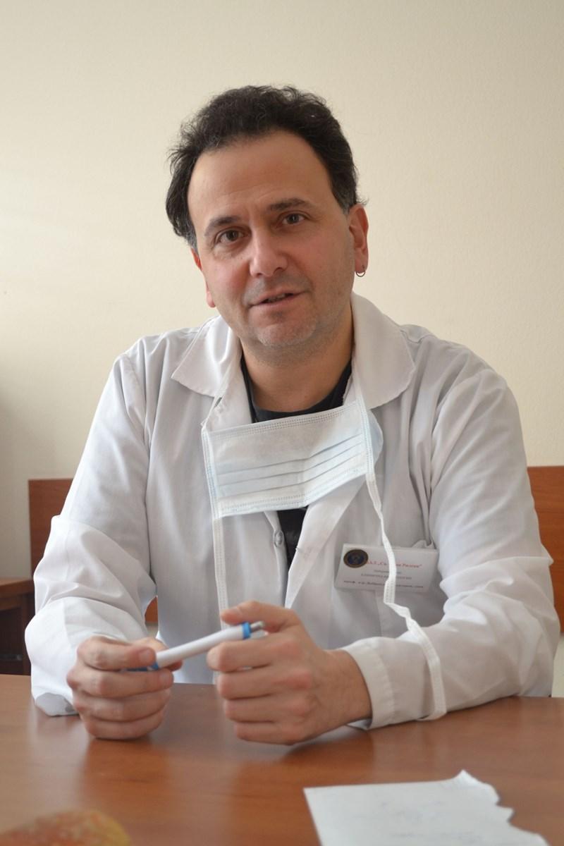 Проф. Доброслав Кюркчиев
