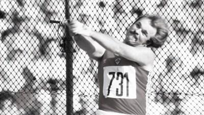 Почина световен рекордьор в атлетиката
