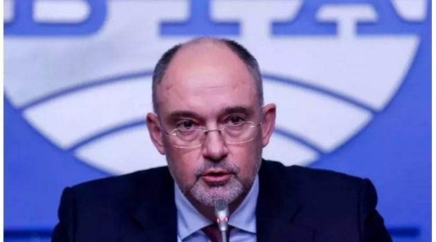 Петър Величков: Отличната самооценка на Боби Михайлов е абсолютна наглост