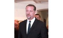 Със сарказъм бе обявена по БНР войната между президент и премиер