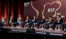 Рама към Радев: Не бъдете толкова европейци, бъдете малко балканци