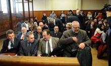 Фалстарт! 4,4 млрд. лв. търсят от банкера  Цветан Василев и сие по делото КТБ (Обзор)