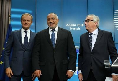 Борисов, Туск и Юнкер дадоха обща пресконференция в Брюксел.
