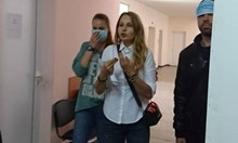 Скандал със снимки с Беновска. Прережда нагло болни хора в ИСУЛ