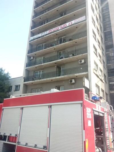 Пожарникарите овладяха бързо огъня.