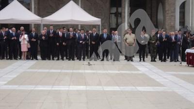 Бойко Борисов и Зоран Заев на общо честване за 115 г. от Илинденско-Преображенското въстание в Благоевград СНИМКА: Антоанета Маскръчка СНИМКА: 24 часа