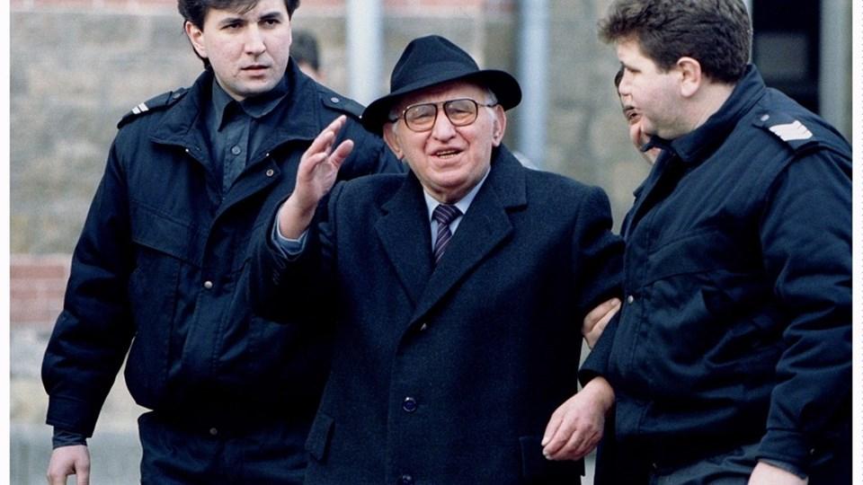 Как през 1990 г.  лекуваха здравия Тодор Живков