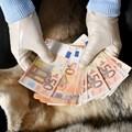 Съдят румънец, измамил касиери в 3 смолянски банки